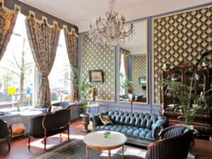 A-fourbedroom-period-property-overlooking-the-Herengracht-canal-on-sale-for-€1.69m